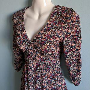 Topshop Dresses - Topshop petite floral dress